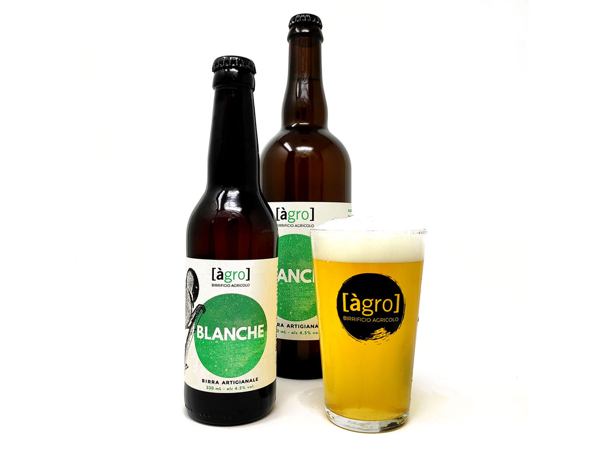 https://birrificioagro.it/wp-content/uploads/2020/07/birra-blanche-agro.jpg