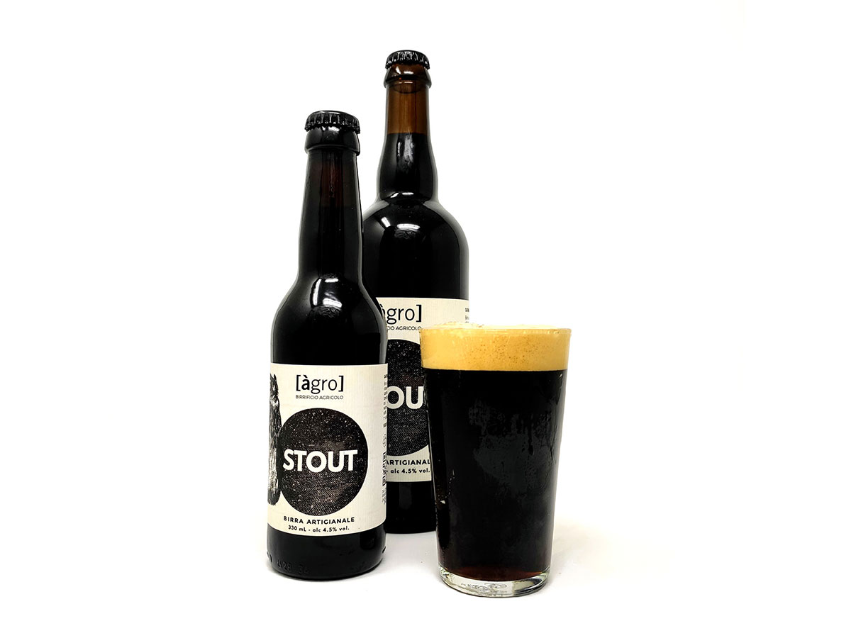 https://birrificioagro.it/wp-content/uploads/2020/07/birra-stout-agro.jpg